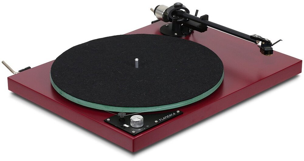 The Funk Firm Flamenca with Tonearm F6